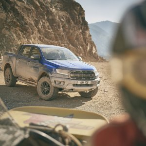 2018_FORD_RANGER_RAPTOR_WILDTRAK_Shot2_34FrontStatic_ATV_01.jpg